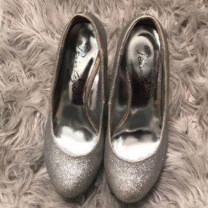 Glitter heels 👠